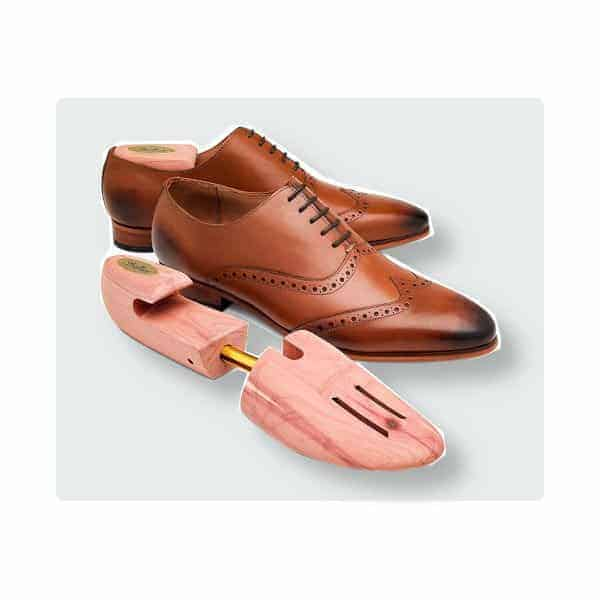Stratton cedar shoe tree