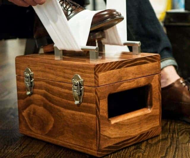 best shoe shine valet box